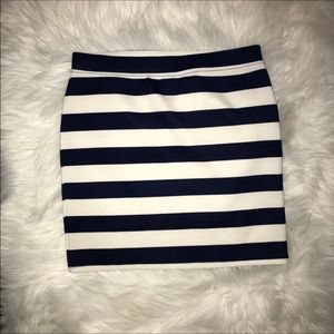 Navy blue and white small sexy mini stripped skirt